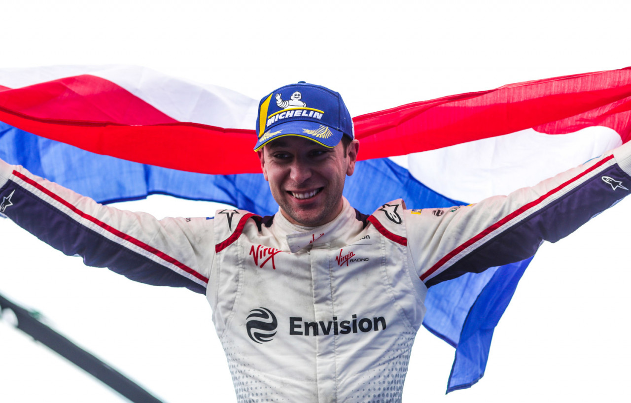 2019-FE-Paris-Frijns-Podium