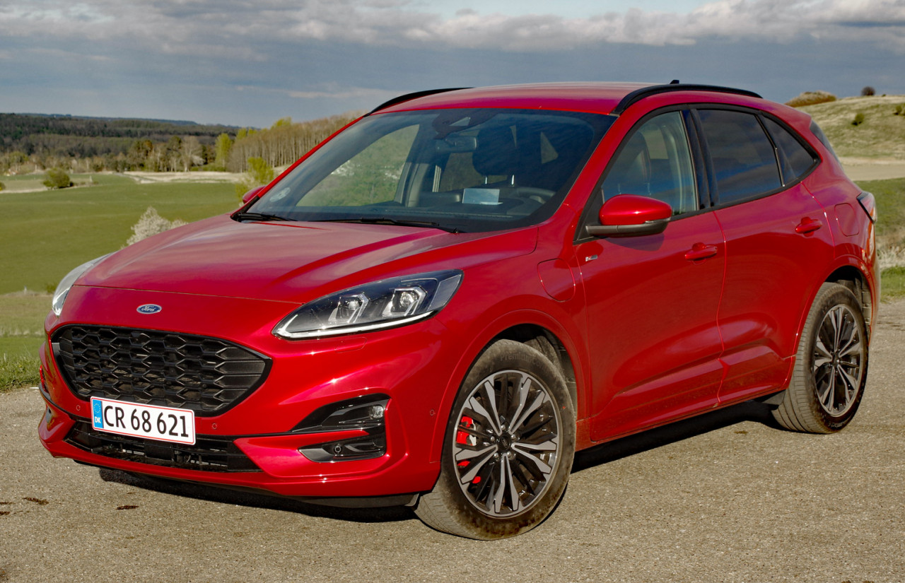 First Test: Ford Kuga Plug-in Hybrid ST-Line