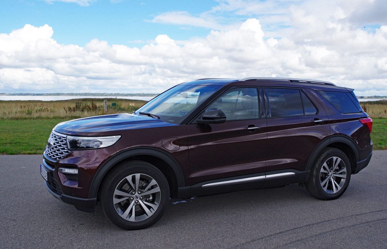 First Test: Ford Explorer PHEV AWD